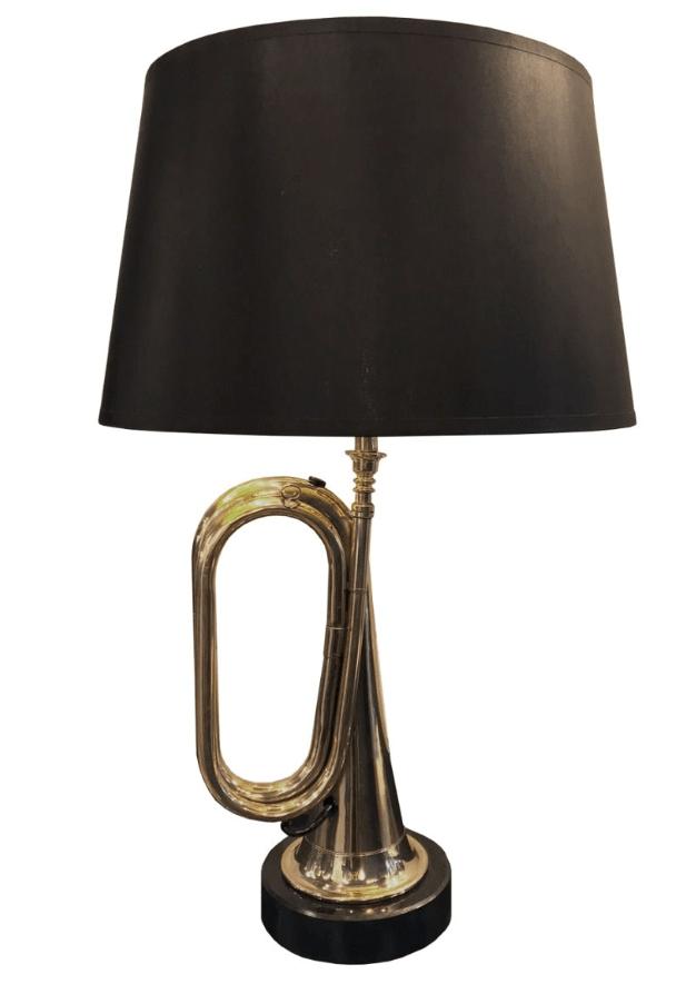 Bordslampa Small Hanover Bugle