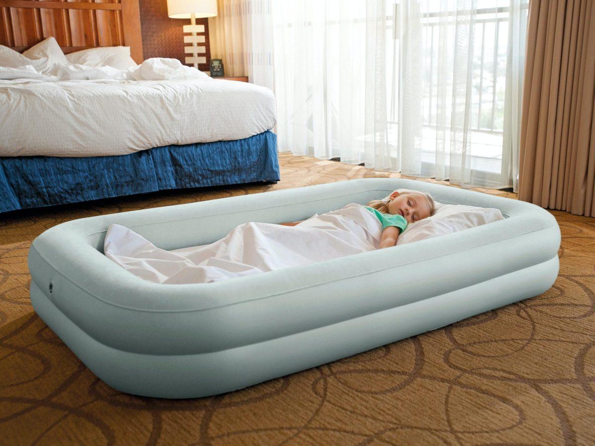 Intex Uppblåsbar Resesäng för Barn