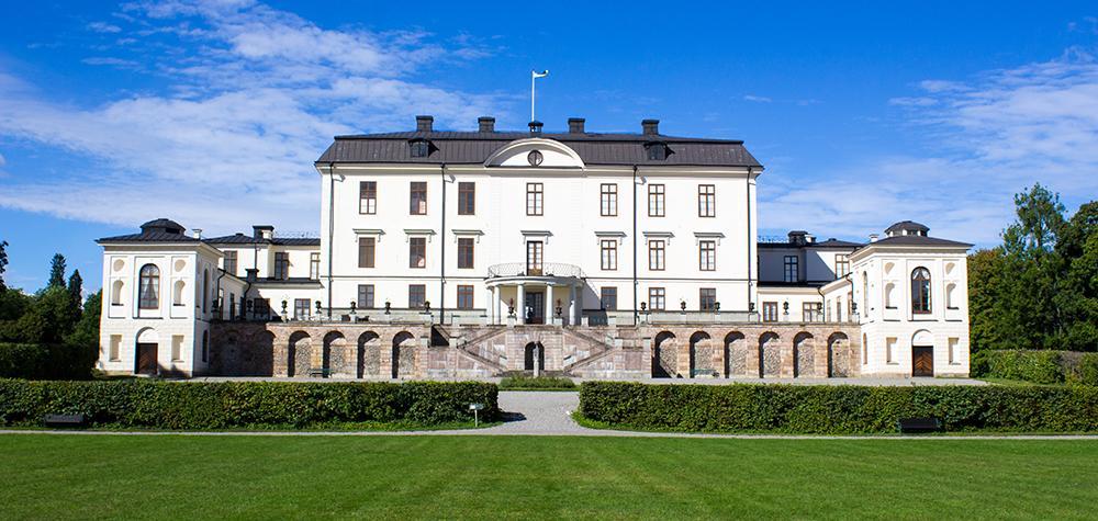 Kunglig vistelse för två på Rosersbergs Slottshotell