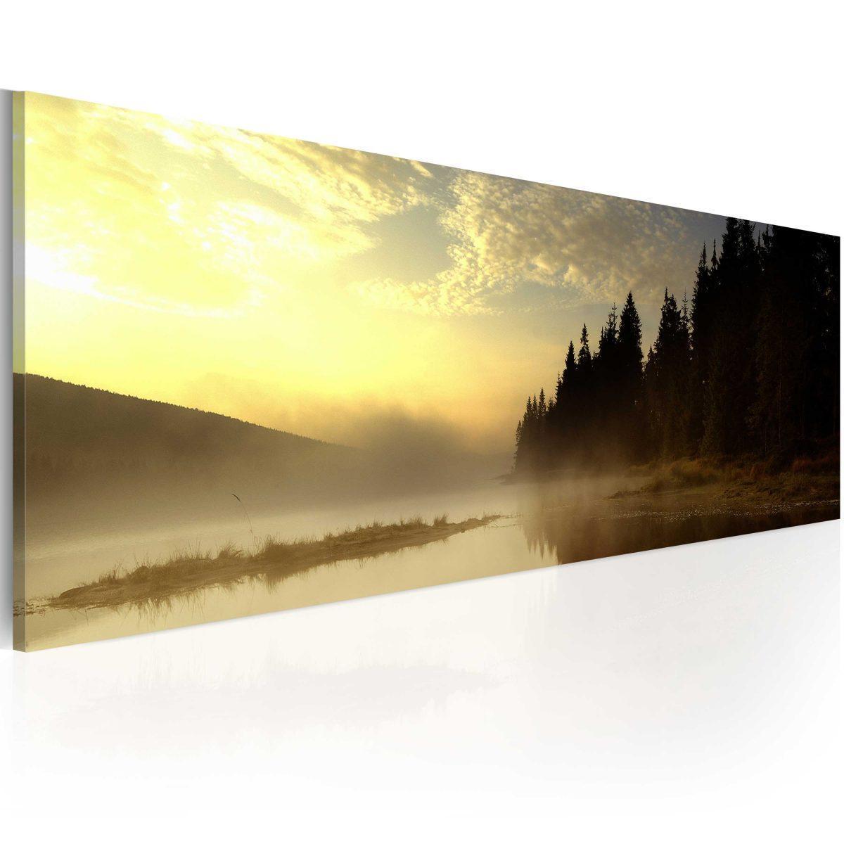 Canvas Tavla - Dimma över en sjö - 135x45