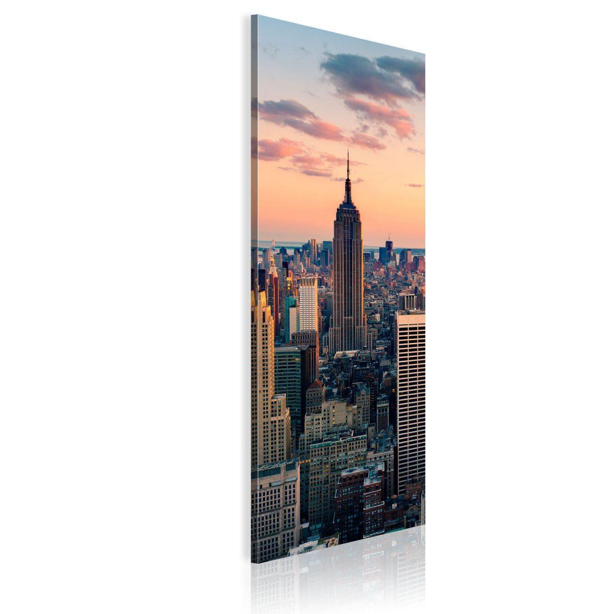 Canvas Tavla - Solitary skyscraper - 40x120